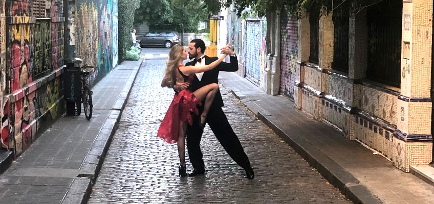 Tango, chamame, folk and popular Argentinian music